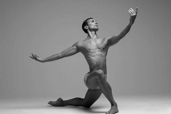 Габриел Стоянов е приет да учи в най-престижната балетна академия  в Санкт Петербург