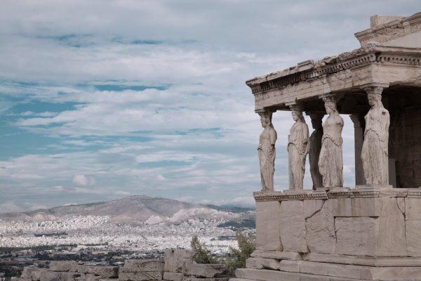 Есхил, Софокъл, Еврипид и театърът в Елада